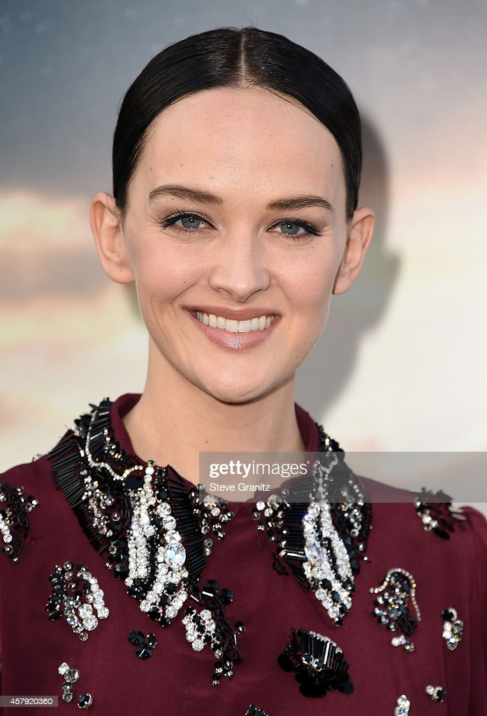 Actress Jess Weixler attends the premiere of Paramount Pictures' 'Interstellar' at TCL Chinese Theatre IMAX on October 26, 2014 in Hollywood, California.