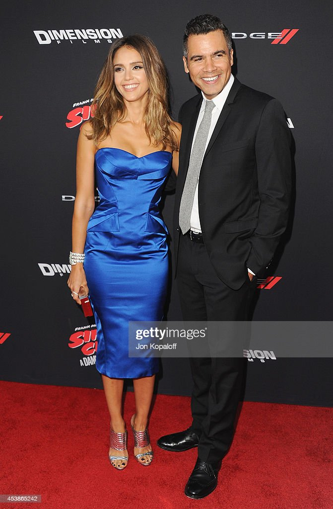 Actress Jessica Alba and husband Cash Warren arrive at the Los Angeles Premiere 'Sin City: A Dame To Kill For' at TCL Chinese Theatre on August 19, 2014 in Hollywood, California.