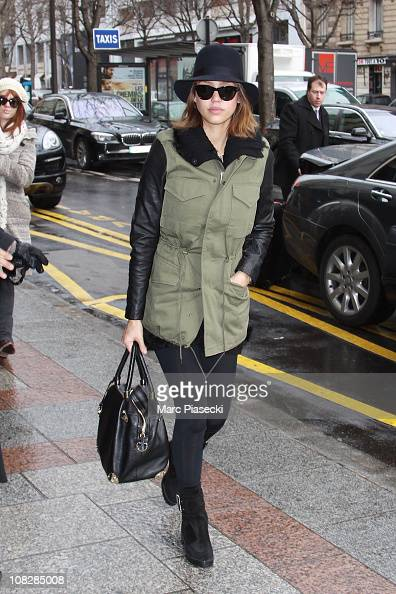 Actress Jessica Alba arrives at Four Seasons Hotel George V to attend the Paris Haute Couture Fashion Week Spring/Summer 2011 at on January 24 2011...