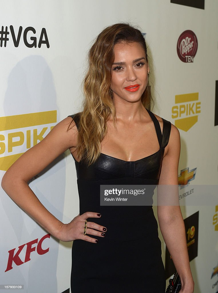 Actress Jessica Alba arrives at Spike TV's 10th annual Video Game Awards at Sony Pictures Studios on December 7, 2012 in Culver City, California.