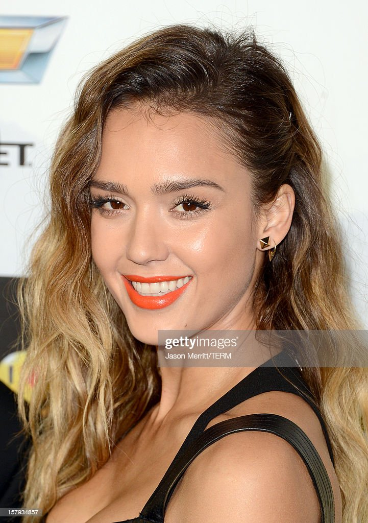 Actress <a gi-track='captionPersonalityLinkClicked' href=/galleries/search?phrase=Jessica+Alba&family=editorial&specificpeople=201811 ng-click='$event.stopPropagation()'>Jessica Alba</a> arrives at Spike TV's 10th annual Video Game Awards at Sony Pictures Studios on December 7, 2012 in Culver City, California.