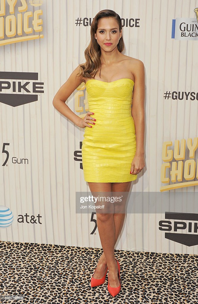 Actress <a gi-track='captionPersonalityLinkClicked' href=/galleries/search?phrase=Jessica+Alba&family=editorial&specificpeople=201811 ng-click='$event.stopPropagation()'>Jessica Alba</a> arrives at Spike TV's 'Guys Choice 2013' at Sony Pictures Studios on June 8, 2013 in Culver City, California.