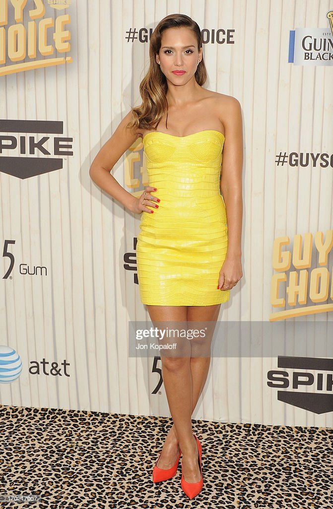 Actress Jessica Alba arrives at Spike TV's 'Guys Choice 2013' at Sony Pictures Studios on June 8, 2013 in Culver City, California.