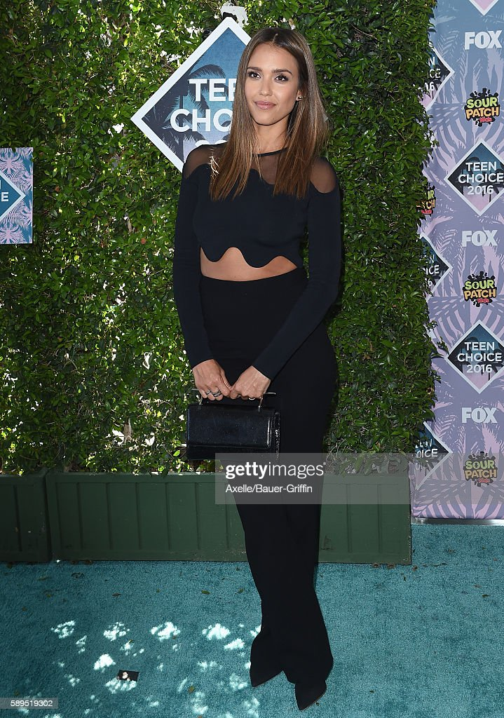 Actress Jessica Alba arrives at the Teen Choice Awards 2016 at The Forum on July 31 2016 in Inglewood California