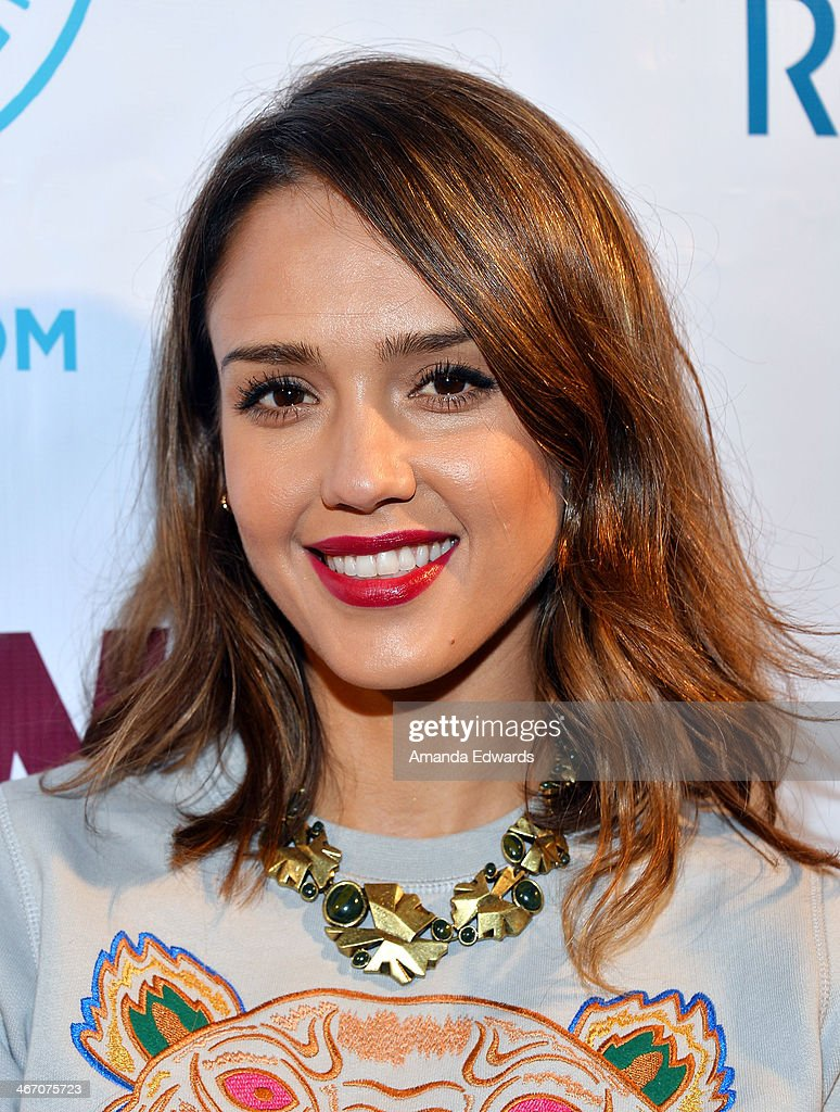 Actress <a gi-track='captionPersonalityLinkClicked' href=/galleries/search?phrase=Jessica+Alba&family=editorial&specificpeople=201811 ng-click='$event.stopPropagation()'>Jessica Alba</a> arrrives at The Beverly Hills Chamber Of Commerce's