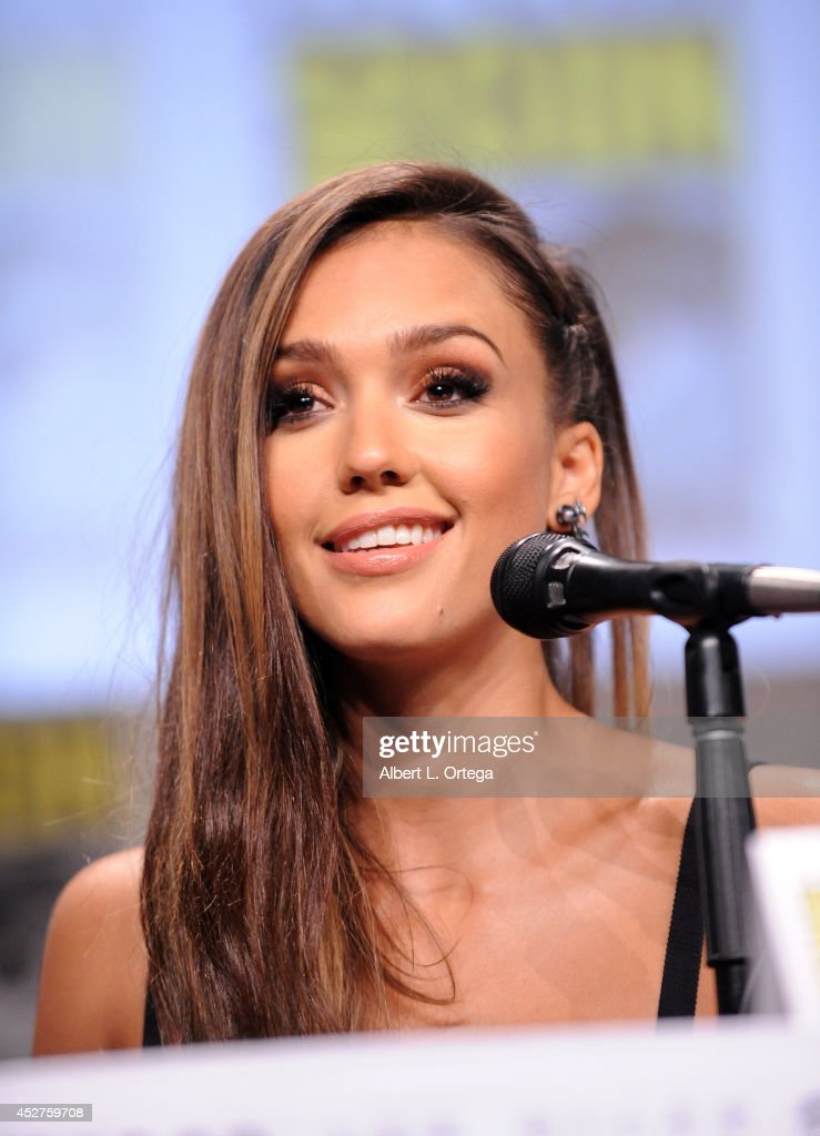 Actress <a gi-track='captionPersonalityLinkClicked' href=/galleries/search?phrase=Jessica+Alba&family=editorial&specificpeople=201811 ng-click='$event.stopPropagation()'>Jessica Alba</a> attends 'Frank Miller's Sin City: A Dame To Kill For' panel during Comic-Con International 2014 at San Diego Convention Center on July 26, 2014 in San Diego, California.