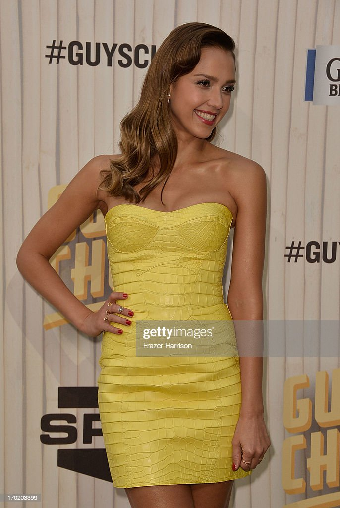 Actress Jessica Alba attends Spike TV's Guys Choice 2013 at Sony Pictures Studios on June 8, 2013 in Culver City, California.