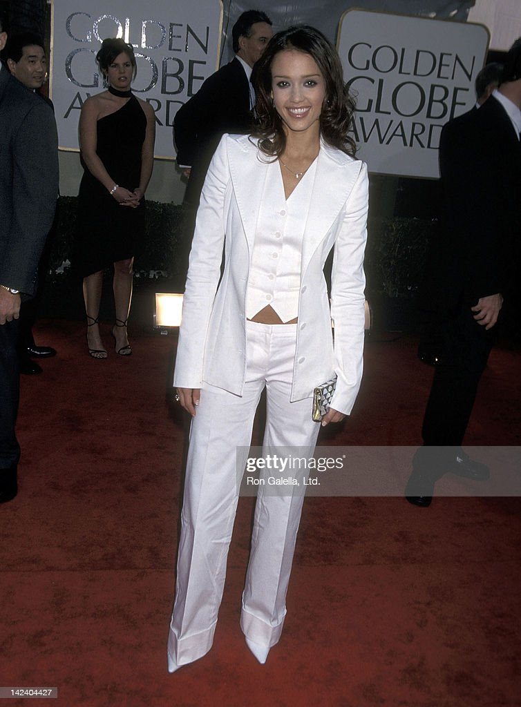 Actress Jessica Alba attends the 59th Annual Golden Globe Awards on January 20, 2002 at the Beverly Hilton Hotel in Beverly Hills, California.