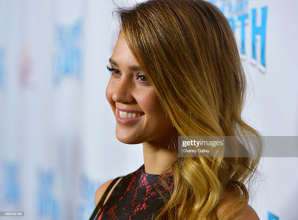 Actress Jessica Alba attends the 'Escape From Planet Earth' premiere presented by The Weinstein Company in partnership with Sabra at Mann Chinese 6 on February 2, 2013 in Los Angeles, California.