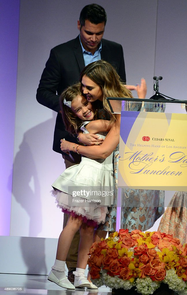 Actress <a gi-track='captionPersonalityLinkClicked' href=/galleries/search?phrase=Jessica+Alba&family=editorial&specificpeople=201811 ng-click='$event.stopPropagation()'>Jessica Alba</a>, <a gi-track='captionPersonalityLinkClicked' href=/galleries/search?phrase=Cash+Warren&family=editorial&specificpeople=657410 ng-click='$event.stopPropagation()'>Cash Warren</a> and daughter <a gi-track='captionPersonalityLinkClicked' href=/galleries/search?phrase=Honor+Warren&family=editorial&specificpeople=5597892 ng-click='$event.stopPropagation()'>Honor Warren</a> at The Helping Hand of Los Angeles Mother's Day Luncheon at The Beverly Hilton Hotel on May 9, 2014 in Beverly Hills, California.