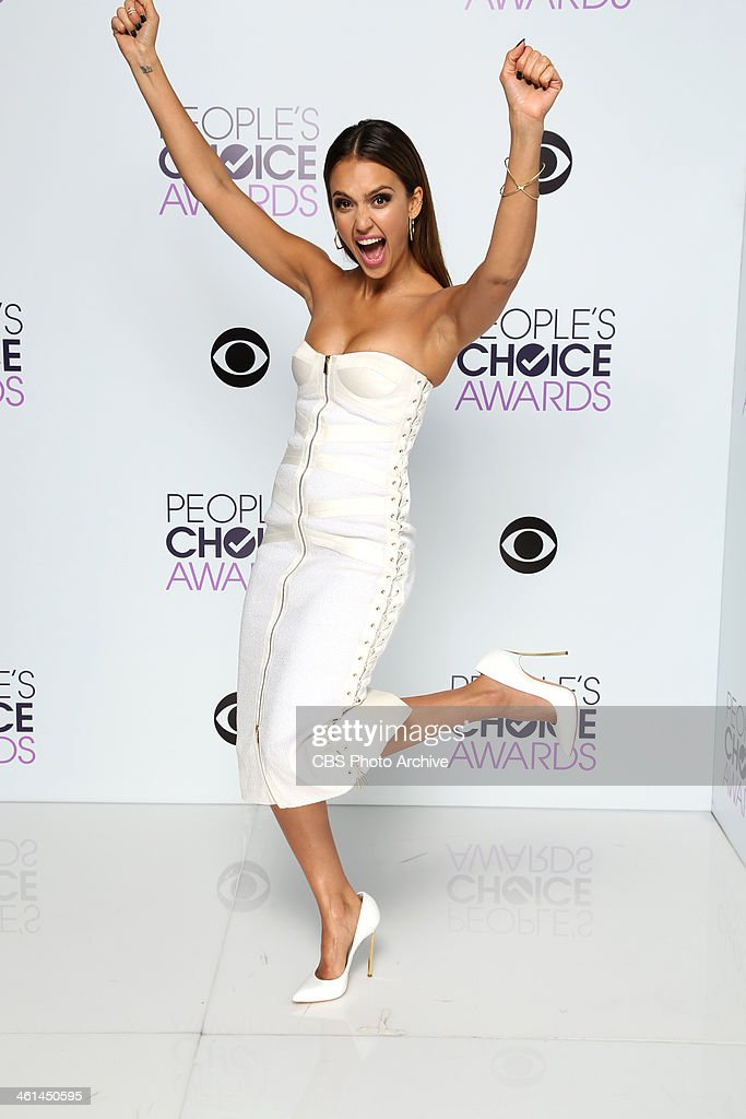 Actress <a gi-track='captionPersonalityLinkClicked' href=/galleries/search?phrase=Jessica+Alba&family=editorial&specificpeople=201811 ng-click='$event.stopPropagation()'>Jessica Alba</a> poses in the CBS/People's Choice Awards Photo Booth during The 40th Annual People's Choice Awards at Nokia Theatre L.A. Live on January 8, 2014 in Los Angeles, California.