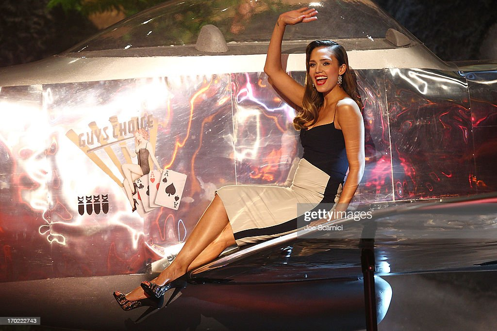 Actress <a gi-track='captionPersonalityLinkClicked' href=/galleries/search?phrase=Jessica+Alba&family=editorial&specificpeople=201811 ng-click='$event.stopPropagation()'>Jessica Alba</a> speaks onstage during 2013 Spike TV 'Guys Choice' - Show at Sony Pictures Studios on June 8, 2013 in Culver City, California.