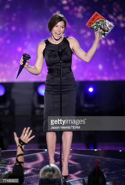 Actress Jessica Biel accepts the award for Fantasy Fox during the 2007 Spike TV Scream Awards at The Greek Theater on October 19 2007 in Los Angeles...