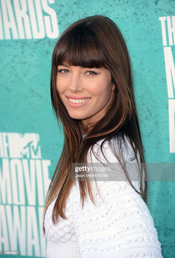 Actress <a gi-track='captionPersonalityLinkClicked' href=/galleries/search?phrase=Jessica+Biel&family=editorial&specificpeople=203011 ng-click='$event.stopPropagation()'>Jessica Biel</a> arrives at the 2012 MTV Movie Awards held at Gibson Amphitheatre on June 3, 2012 in Universal City, California.