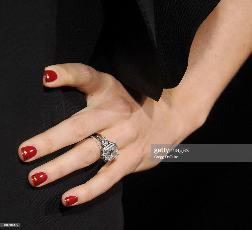 Actress Jessica Biel (ring detail) arrives at the Los Angeles premiere of 'Hitchcock' at the Academy of Motion Picture Arts and Sciences on November 20, 2012 in Beverly Hills, California.
