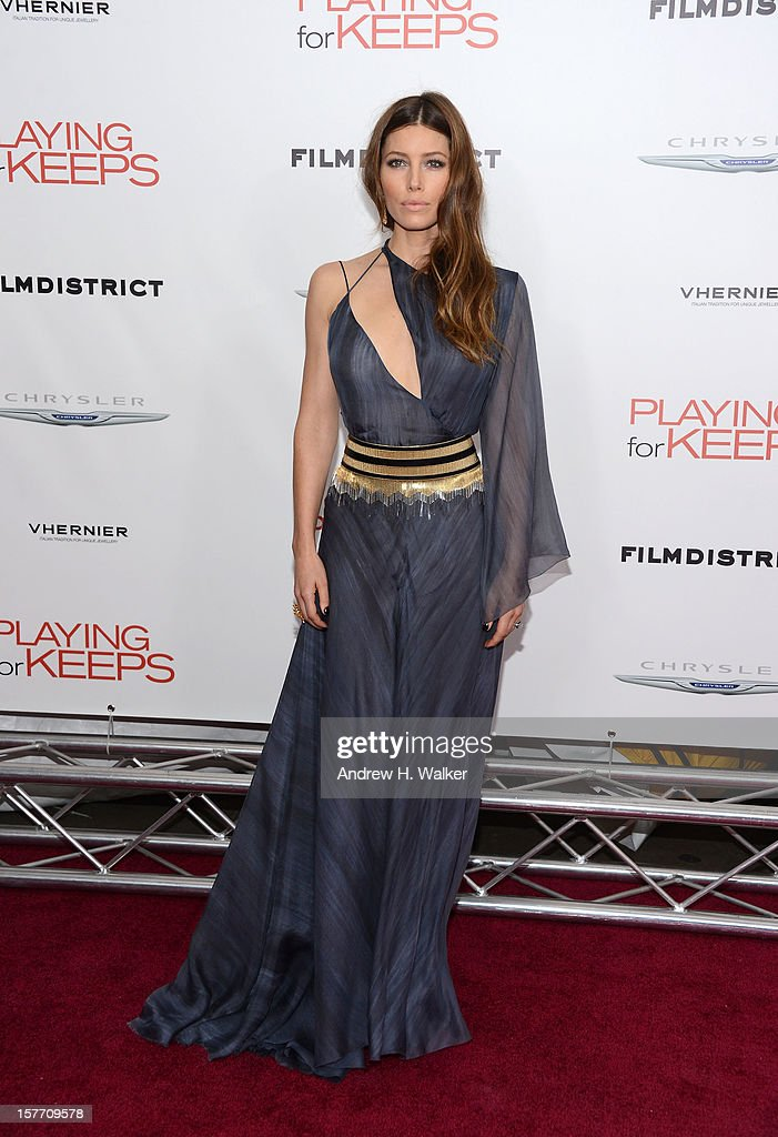 Actress <a gi-track='captionPersonalityLinkClicked' href=/galleries/search?phrase=Jessica+Biel&family=editorial&specificpeople=203011 ng-click='$event.stopPropagation()'>Jessica Biel</a> attends Film District And Chrysler With The Cinema Society Premiere Of 'Playing For Keeps' at AMC Lincoln Square Theater on December 5, 2012 in New York City.