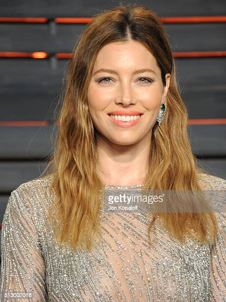Actress Jessica Biel attends the 2016 Vanity Fair Oscar Party hosted By Graydon Carter at Wallis Annenberg Center for the Performing Arts on February...