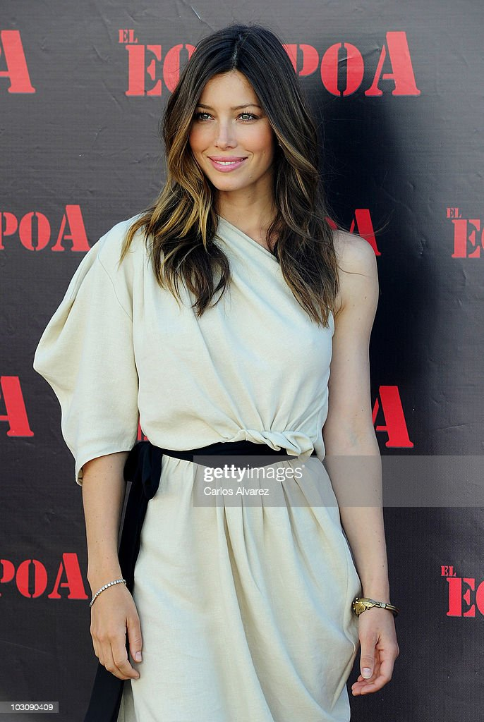 Actress <a gi-track='captionPersonalityLinkClicked' href=/galleries/search?phrase=Jessica+Biel&family=editorial&specificpeople=203011 ng-click='$event.stopPropagation()'>Jessica Biel</a> attends 'The A-Team' photocall at ME Hotel on July 26, 2010 in Madrid, Spain.