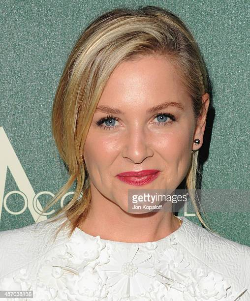 Actress Jessica Capshaw arrives at Variety's 2014 Power Of Women Event In LA Presented By Lifetime at the Beverly Wilshire Four Seasons Hotel on...