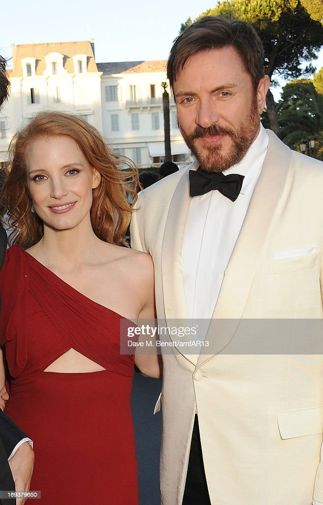 Actress <a gi-track='captionPersonalityLinkClicked' href=/galleries/search?phrase=Jessica+Chastain&family=editorial&specificpeople=653192 ng-click='$event.stopPropagation()'>Jessica Chastain</a> (L) and musician <a gi-track='captionPersonalityLinkClicked' href=/galleries/search?phrase=Simon+Le+Bon&family=editorial&specificpeople=160698 ng-click='$event.stopPropagation()'>Simon Le Bon</a> of Duran Duran attend amfAR's 20th Annual Cinema Against AIDS during The 66th Annual Cannes Film Festival at Hotel du Cap-Eden-Roc on May 23, 2013 in Cap d'Antibes, France.