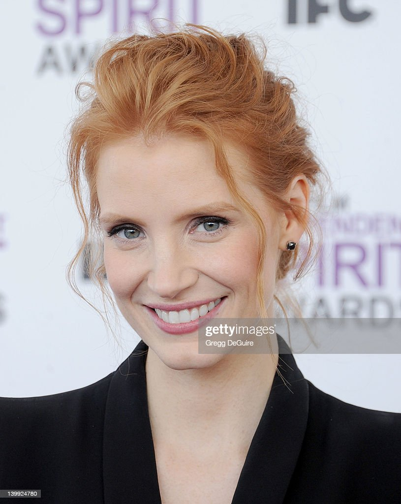 Actress <a gi-track='captionPersonalityLinkClicked' href=/galleries/search?phrase=Jessica+Chastain&family=editorial&specificpeople=653192 ng-click='$event.stopPropagation()'>Jessica Chastain</a> arrives at the 2012 Film Independent Spirit Awards at Santa Monica Pier on February 25, 2012 in Santa Monica, California.