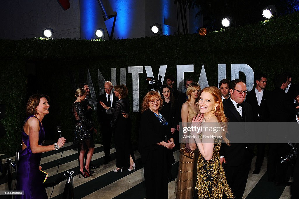 Actress <a gi-track='captionPersonalityLinkClicked' href=/galleries/search?phrase=Jessica+Chastain&family=editorial&specificpeople=653192 ng-click='$event.stopPropagation()'>Jessica Chastain</a> arrives at the 2012 Vanity Fair Oscar Party hosted by Graydon Carter at Sunset Tower on February 26, 2012 in West Hollywood, California.