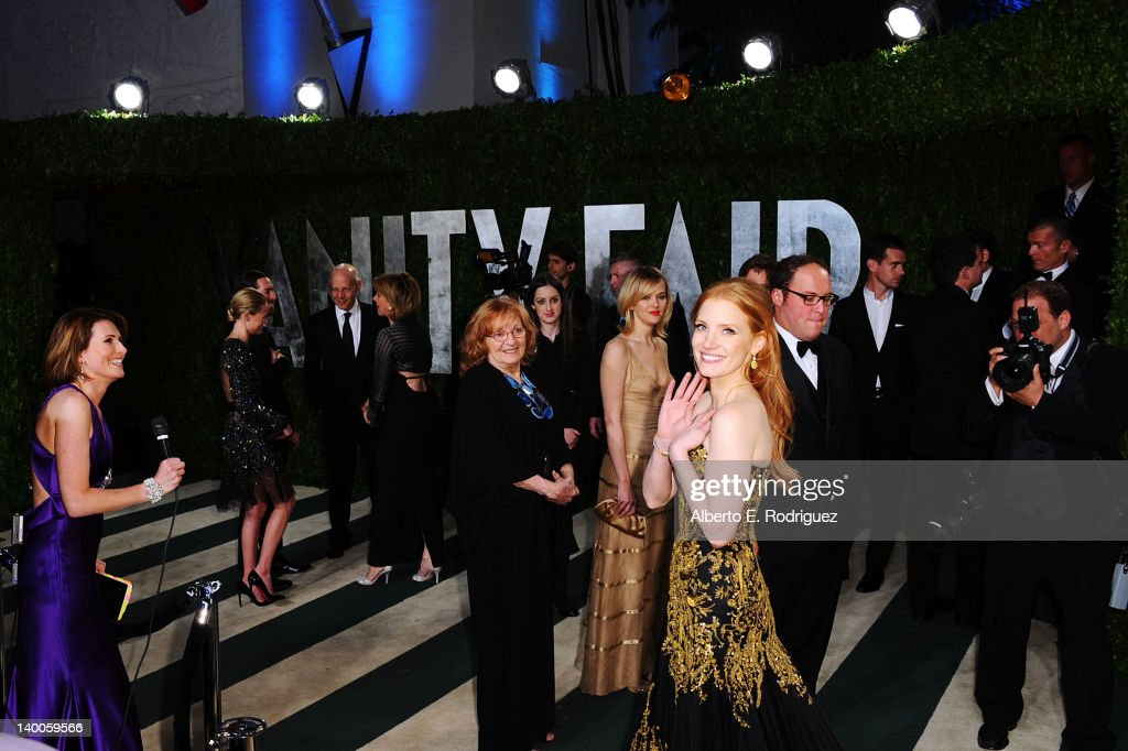 Actress Jessica Chastain arrives at the 2012 Vanity Fair Oscar Party hosted by Graydon Carter at Sunset Tower on February 26, 2012 in West Hollywood, California.