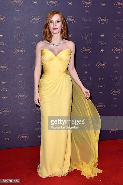 Actress Jessica Chastain arrives at the Opening Gala Dinner during The 69th Annual Cannes Film Festival on May 11 2016 in Cannes France