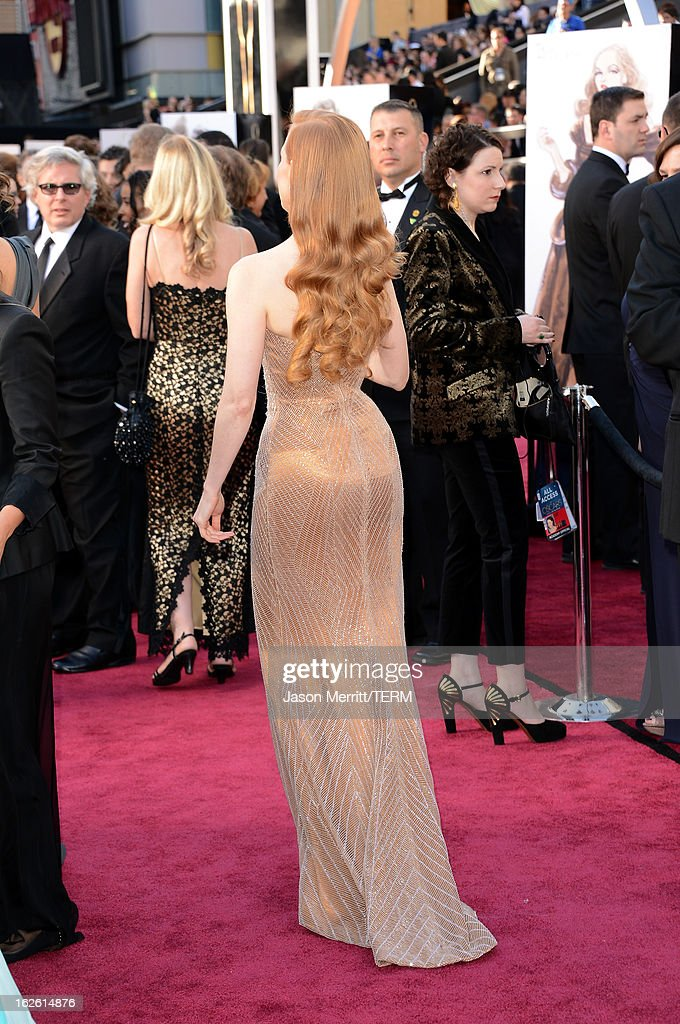 Actress Jessica Chastain (fashion detail) arrives at the Oscars at Hollywood & Highland Center on February 24, 2013 in Hollywood, California.