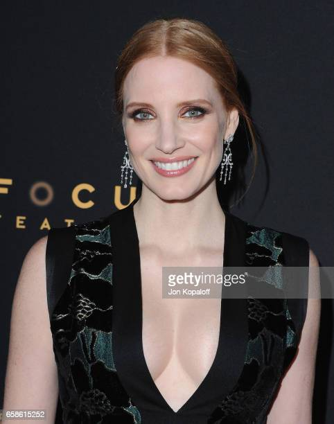 Actress Jessica Chastain arrives at the Premiere Of Focus Features' 'The Zookeeper's Wife' at ArcLight Hollywood on March 27 2017 in Hollywood...