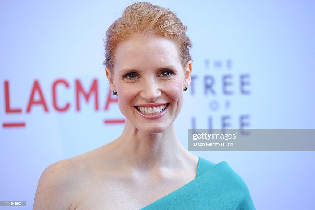 Actress <a gi-track='captionPersonalityLinkClicked' href=/galleries/search?phrase=Jessica+Chastain&family=editorial&specificpeople=653192 ng-click='$event.stopPropagation()'>Jessica Chastain</a> arrives at the premiere of Fox Searchlight Pictures' 'The Tree of Life' at the Bing Theatre at the Los Angeles County Museum of Art on May 24, 2011 in Los Angeles, California.