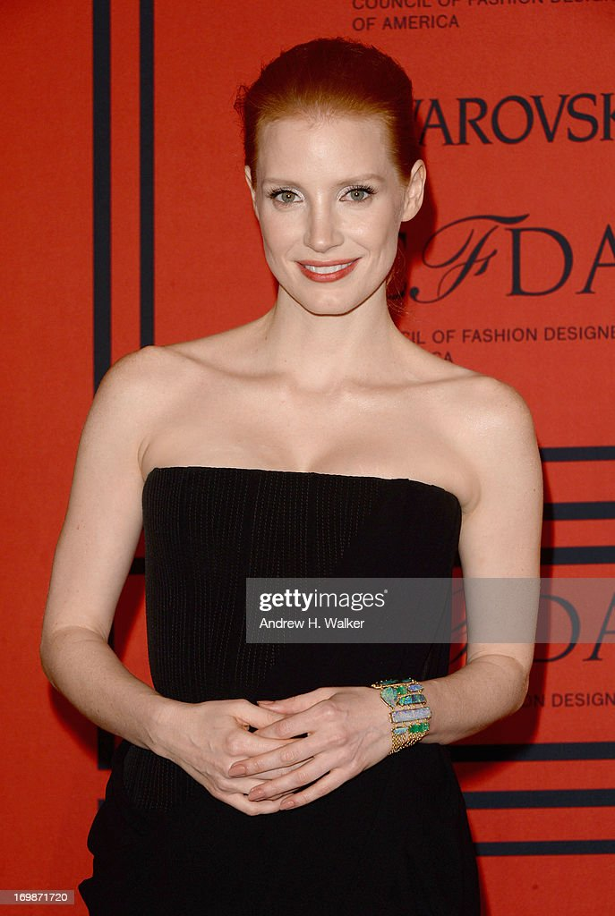 Actress Jessica Chastain attends 2013 CFDA FASHION AWARDS Underwritten By Swarovski - Red Carpet Arrivals at Lincoln Center on June 3, 2013 in New York City.