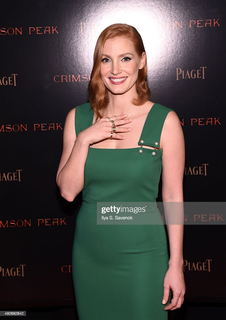 Actress Jessica Chastain attends Piaget Co-Hosts The Crimson Peak Premiere on October 14, 2015 in New York City.