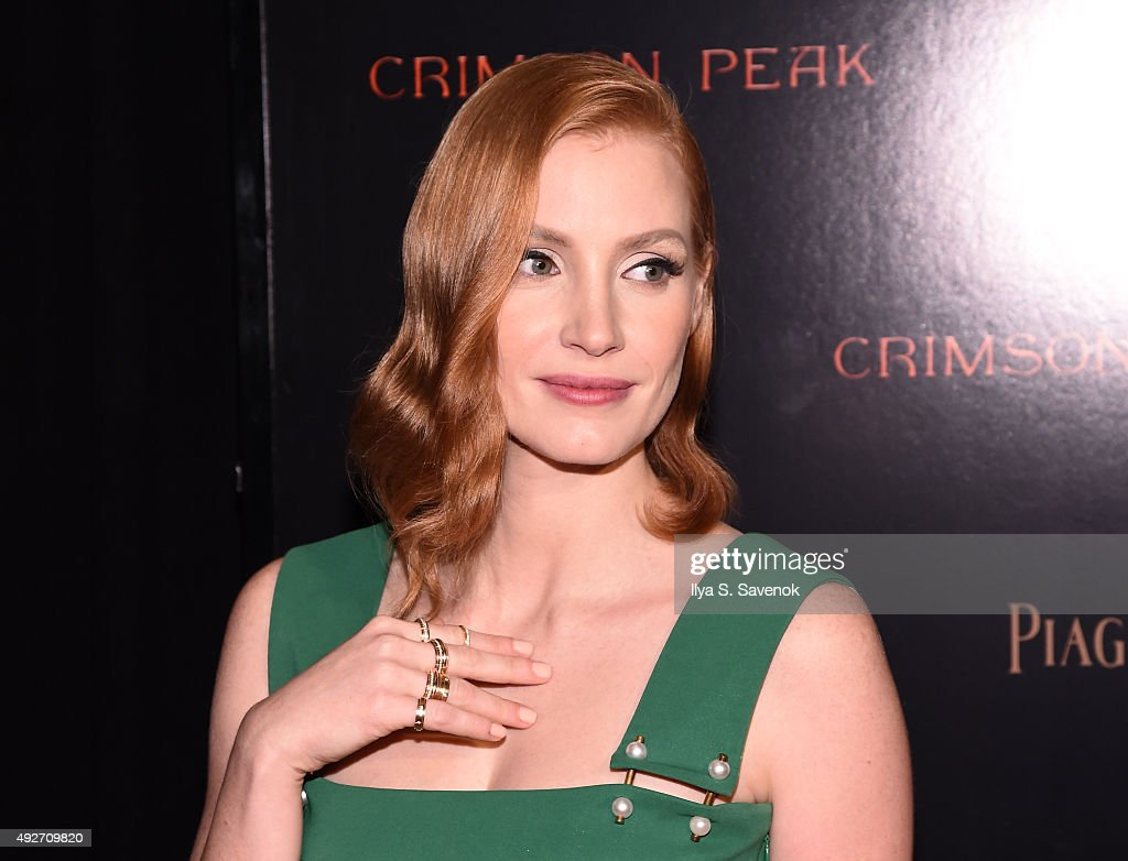 Actress <a gi-track='captionPersonalityLinkClicked' href=/galleries/search?phrase=Jessica+Chastain&family=editorial&specificpeople=653192 ng-click='$event.stopPropagation()'>Jessica Chastain</a> attends Piaget Co-Hosts The Crimson Peak Premiere on October 14, 2015 in New York City.