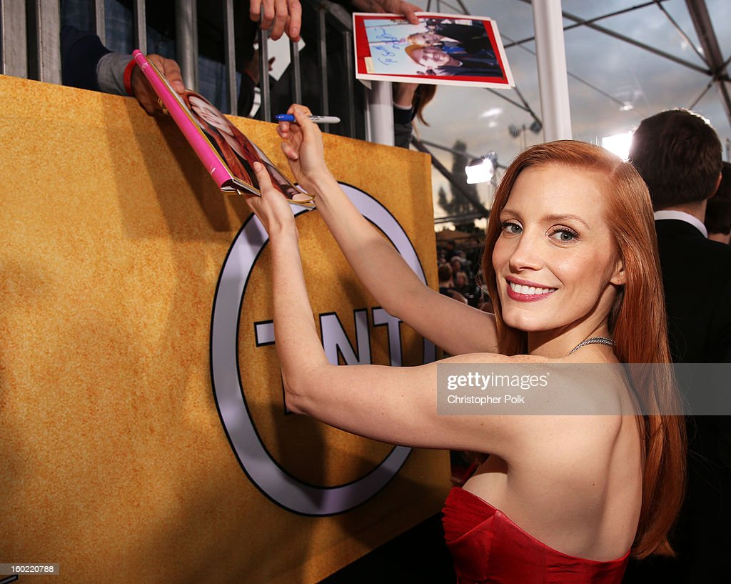 Actress <a gi-track='captionPersonalityLinkClicked' href=/galleries/search?phrase=Jessica+Chastain&family=editorial&specificpeople=653192 ng-click='$event.stopPropagation()'>Jessica Chastain</a> attends the 19th Annual Screen Actors Guild Awards at The Shrine Auditorium on January 27, 2013 in Los Angeles, California. (Photo by Christopher Polk/WireImage) 23116_012_0849.jpg