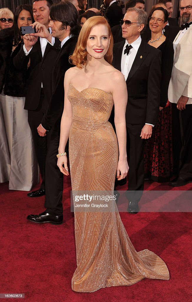 Actress <a gi-track='captionPersonalityLinkClicked' href=/galleries/search?phrase=Jessica+Chastain&family=editorial&specificpeople=653192 ng-click='$event.stopPropagation()'>Jessica Chastain</a> attends the 85th Annual Academy Awards held at the Hollywood & Highland Center on February 24, 2013 in Hollywood, California.