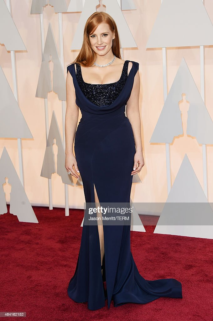 Actress <a gi-track='captionPersonalityLinkClicked' href=/galleries/search?phrase=Jessica+Chastain&family=editorial&specificpeople=653192 ng-click='$event.stopPropagation()'>Jessica Chastain</a> attends the 87th Annual Academy Awards at Hollywood & Highland Center on February 22, 2015 in Hollywood, California.