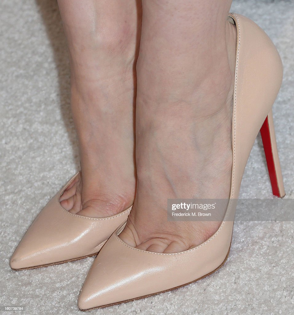 Actress Jessica Chastain (shoe detail) attends The Hollywood Reporter Nominees' Night 2013 Celebrating The 85th Annual Academy Award Nominees at Spago on February 4, 2013 in Beverly Hills, California.