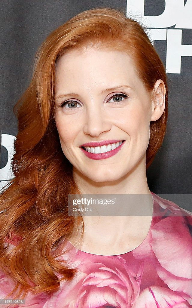 Actress <a gi-track='captionPersonalityLinkClicked' href=/galleries/search?phrase=Jessica+Chastain&family=editorial&specificpeople=653192 ng-click='$event.stopPropagation()'>Jessica Chastain</a> attends the 'Zero Dark Thirty' New York Photo Call at Ritz Carlton Hotel on December 4, 2012 in New York City.