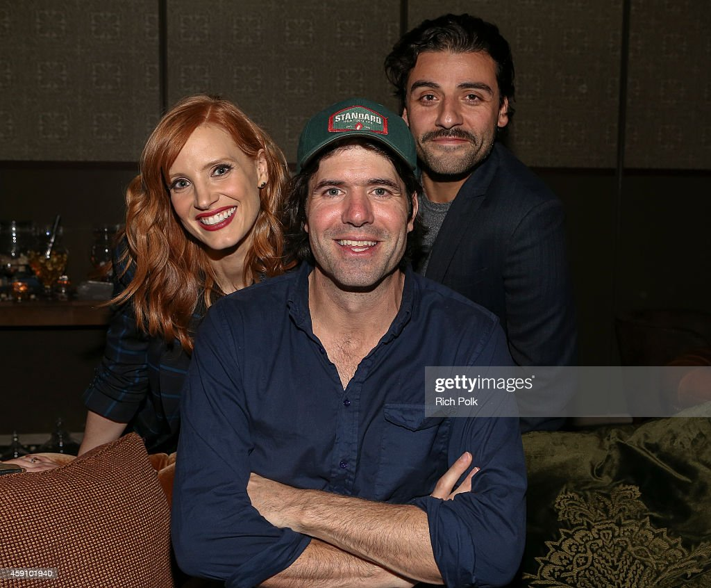 Actress <a gi-track='captionPersonalityLinkClicked' href=/galleries/search?phrase=Jessica+Chastain&family=editorial&specificpeople=653192 ng-click='$event.stopPropagation()'>Jessica Chastain</a> (L) Director <a gi-track='captionPersonalityLinkClicked' href=/galleries/search?phrase=J.C.+Chandor&family=editorial&specificpeople=7452126 ng-click='$event.stopPropagation()'>J.C. Chandor</a> (C) and actor <a gi-track='captionPersonalityLinkClicked' href=/galleries/search?phrase=Oscar+Isaac&family=editorial&specificpeople=2275888 ng-click='$event.stopPropagation()'>Oscar Isaac</a> (R) attend cinema prive And PANDORA Jewelry Host A Special Screening Of 'A Most Violent Year' at cinema prive on November 16, 2014 in West Hollywood, California.