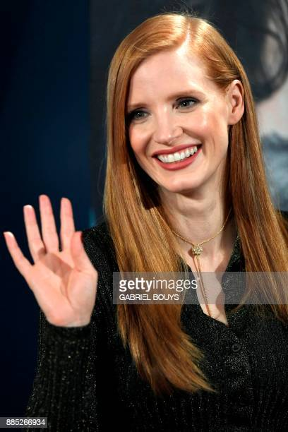 US actress Jessica Chastain poses during a photo call to promote her film 'Molly's game' in Madrid on December 4 2017 'Molly's game' is based on the...