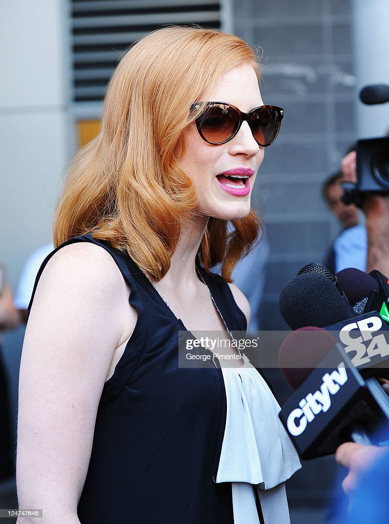 Actress <a gi-track='captionPersonalityLinkClicked' href=/galleries/search?phrase=Jessica+Chastain&family=editorial&specificpeople=653192 ng-click='$event.stopPropagation()'>Jessica Chastain</a> seen on the streets of Toronto on September 12, 2011 in Toronto, Canada.