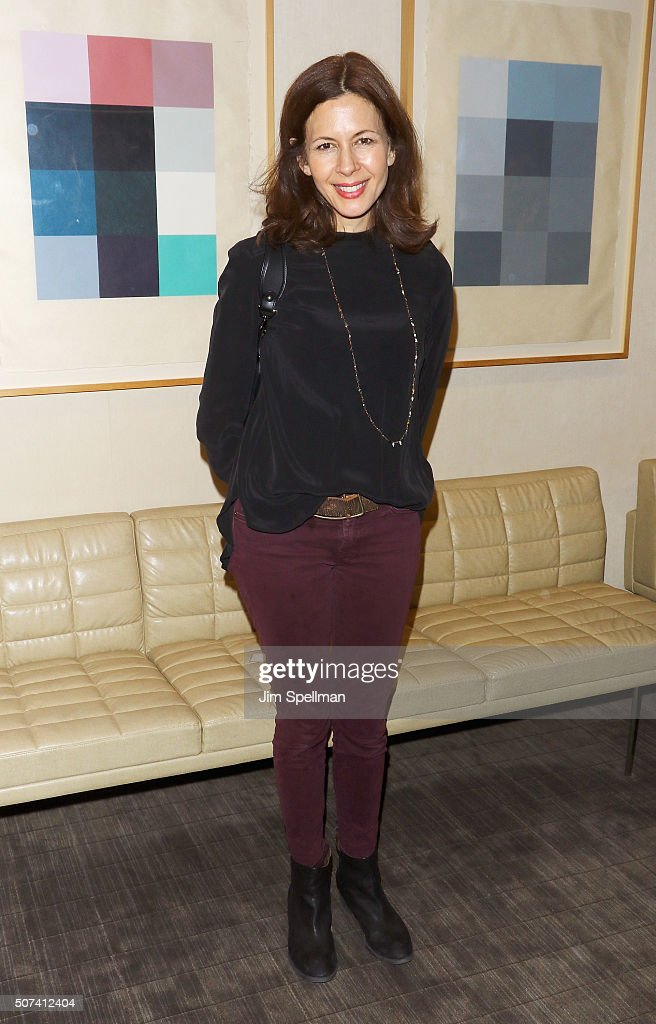 Actress Jessica Hecht attends the Theatre Forward's 13th Annual Broadway Roundtable at UBS Headquarters on January 29, 2016 in New York City.