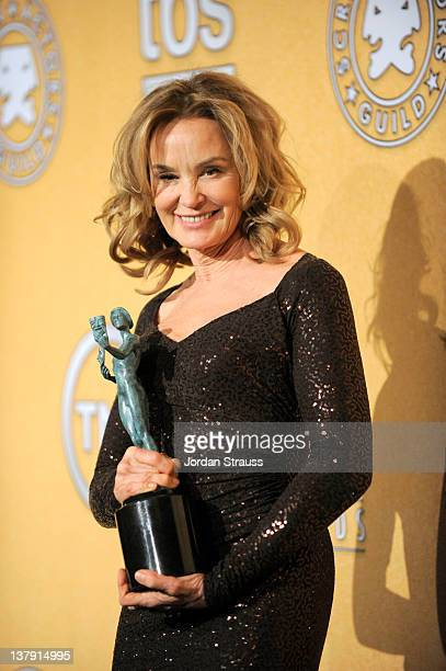 Actress Jessica Lange Winner Female Actor in a Drama Series attends The 18th Annual Screen Actors Guild Awards broadcast on TNT/TBS at The Shrine...