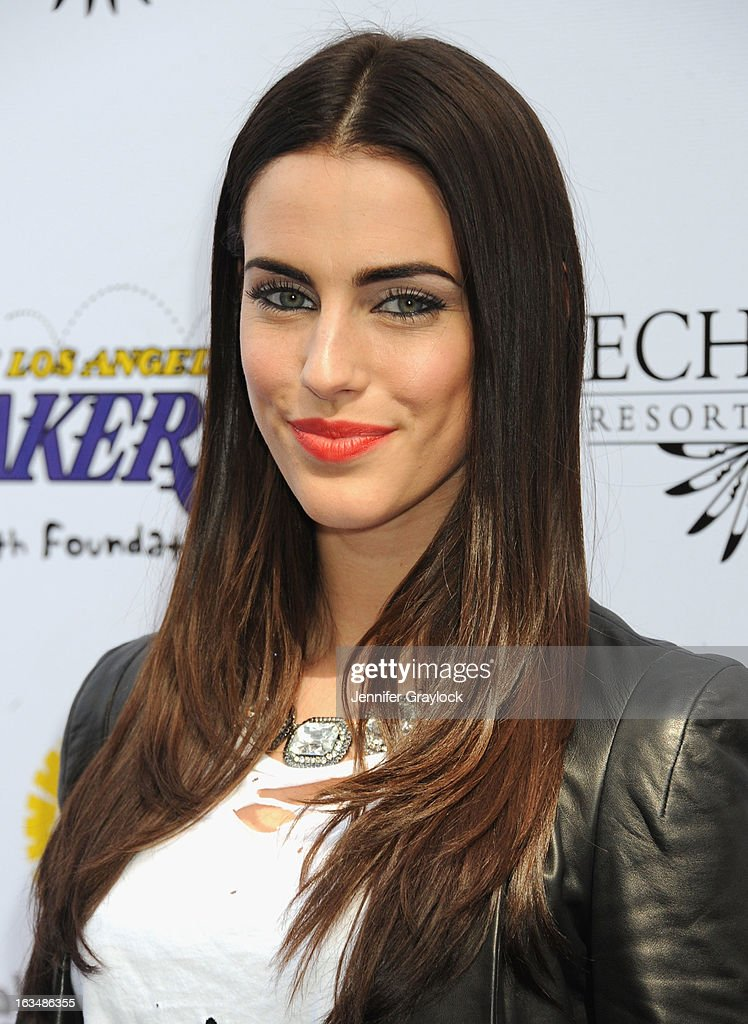 Actress <a gi-track='captionPersonalityLinkClicked' href=/galleries/search?phrase=Jessica+Lowndes&family=editorial&specificpeople=3960270 ng-click='$event.stopPropagation()'>Jessica Lowndes</a> attends the Lakers Casino Night held at Club Nokia on March 10, 2013 in Los Angeles, California.