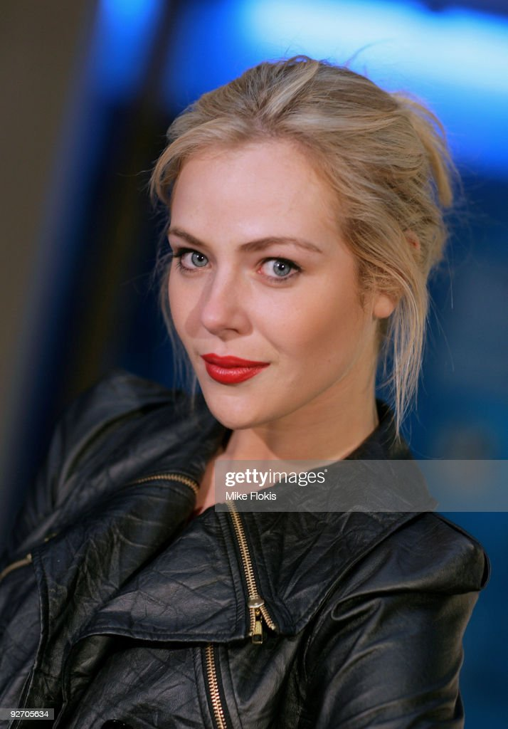Actress Jessica Marais arrives for the premiere of 'The Boys Are Back' at Dendy Opera Quays on November 4 2009 in Sydney Australia