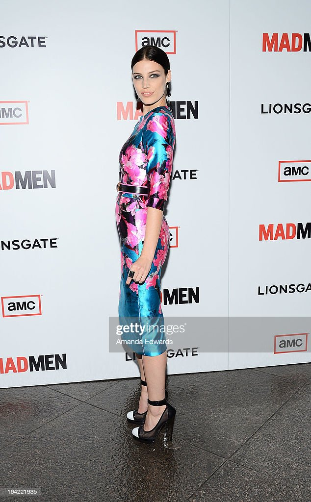 Actress Jessica Pare arrives at AMC's 'Mad Men' Season 6 Premiere at the DGA Theater on March 20, 2013 in Los Angeles, California.