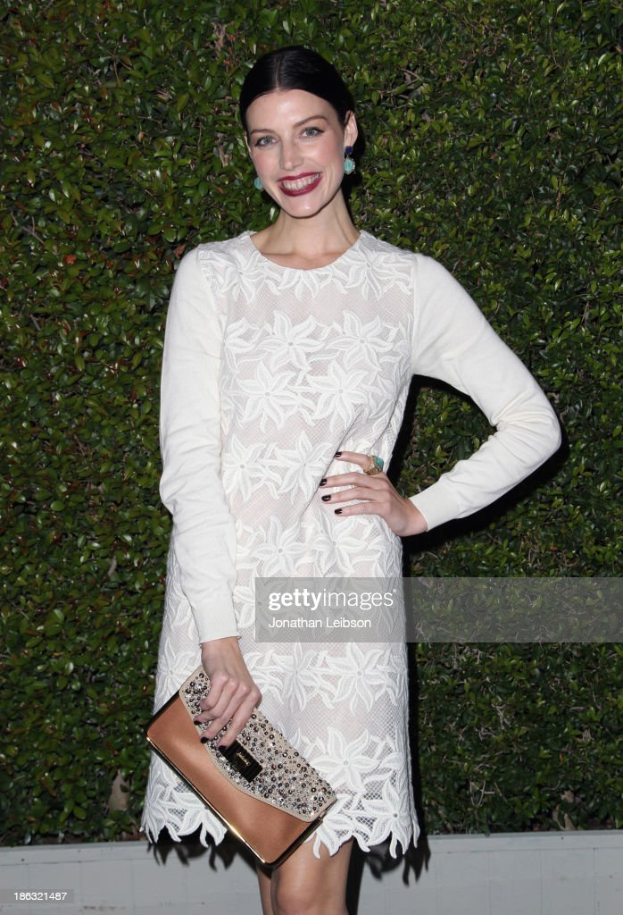 Actress <a gi-track='captionPersonalityLinkClicked' href=/galleries/search?phrase=Jessica+Pare&family=editorial&specificpeople=793183 ng-click='$event.stopPropagation()'>Jessica Pare</a> attends Chloe Los Angeles Fashion Show & Dinner hosted by Clare Waight Keller, January Jones and Lisa Love on October 29, 2013 in Los Angeles, California.