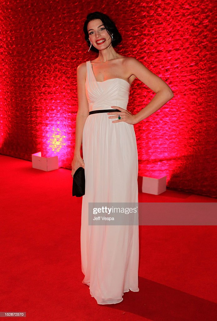 Actress Jessica Pare attends the 64th Primetime Emmy Awards Governors Ball at Los Angeles Convention Center on September 23, 2012 in Los Angeles, California.