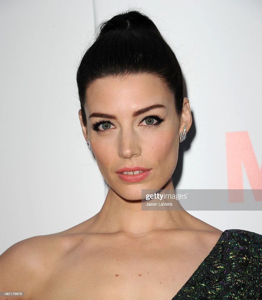 Actress <a gi-track='captionPersonalityLinkClicked' href=/galleries/search?phrase=Jessica+Pare&family=editorial&specificpeople=793183 ng-click='$event.stopPropagation()'>Jessica Pare</a> attends the season 7 premiere of 'Mad Men' at ArcLight Cinemas on April 2, 2014 in Hollywood, California.